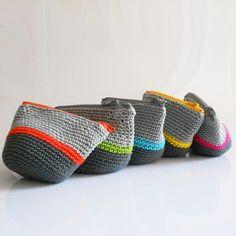 DIY: crochet coin purses