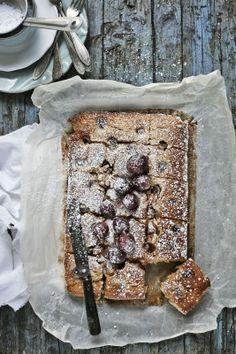 Gluten free grapes cake - Pratos e Travessas | Food, photography and stories