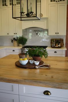 Willow Wisp Cottage: Decorating our Kitchen Island