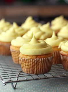 Pineapple Cream Cheese Cupcakes