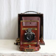 vintag camera, vintage wood, vintage cameras, boxes, dresses, white, centuri, brown dress, dots