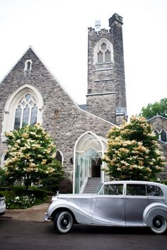 Elegant wedding setting and car