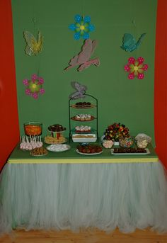 Communion Party Idea - Instructions on how to make a tulle table skirt for your celebration.