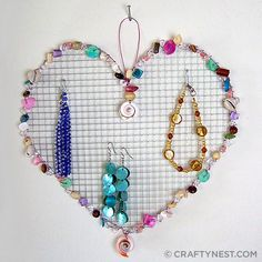 jewelri holder, idea, bead, jewelry hanger, camp crafts, heart jewelry, dorm rooms, diy, jewelry holder
