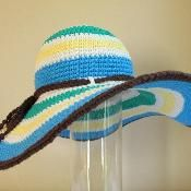 Poolside hat (Adult sizes) - via @Craftsy