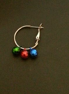 NIP WOMENS CHRISTMAS RED GREEN BLUE DANGLING JINGLE BELLS PIERCED EARRINGS