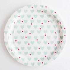 Platos corazones verde agua / 8 uds de venta en: http://shop.fiestascoquetas.com birthday parties, valentin, 2nd birthday, heart plate, carousels, green heart, paper plates, aqua heart, candyland parti