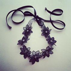 Shimmery Black 1920 Great Gatsby Headband - Daisy Headband in Black and Silver - Daisy Buchanan (Miss S-a Headbands)