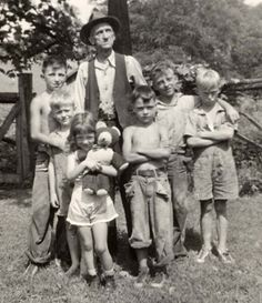 Charles Goble with some of his grandchildren -counter clock wise - Richard - Chuck, Betty Jean, Jimmy, Sonny and Bobby.