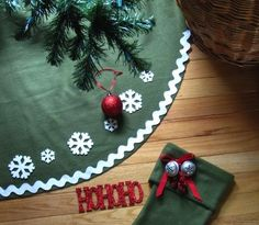 Fleece tree skirt sew tree, craft, felt, christma tree, christmas stockings, fleece blankets, diy christmas tree, christmas trees, christmas tree skirts