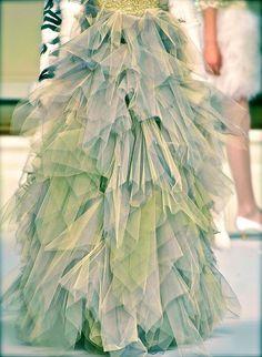 Oscar de la Renta F/W 2011 fashion, chanel, green, dress, handkerchiefs, chiffon, tulle, blog, aqua