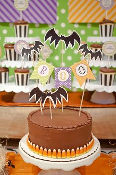 Halloween Party Cake - A simple, store-bought cake becomes Halloween magic with this easy cake banner.