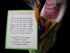 The Jelly Bean Prayer. Awesome. Definitely doing this for Easter Baskets... Every year?!