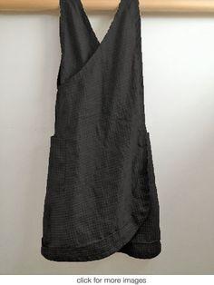 south st linen - black pinnie