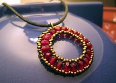 Beaded Circle Pendant ~   Free Video Tutorial
