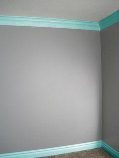 grey aqua bedroom, grey wall, grey and aqua bedroom, aqua and grey bedroom ideas, highlight, stain