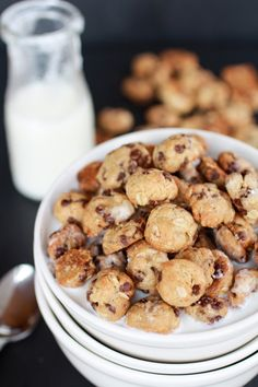 Oatmeal Chocolate Chip Cookie Cereal | halfbakedharvest.com Home made Cookie Crisp