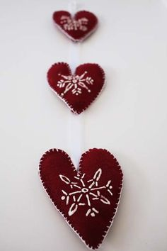 felted heart trio wi