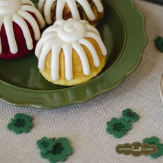 Keep it simple this St. Patty's Day and decorate your table with felt four leaf clovers! #partydecor #bundtletlove  | Nothing Bundt Cakes