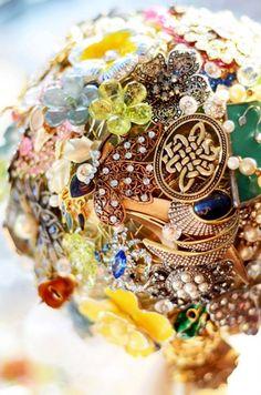 Rustic Wedding Trend: The Brooch Bouquet
