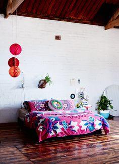 Gorgeous warehouse bedroom
