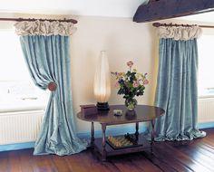Love the curtains and lamp!  Prêt à Vivre | Design Ideas