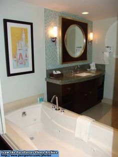 Disney Bay Lake Tower Resort Bathroom