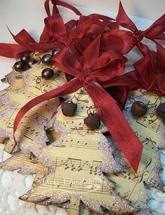 Sheet music/Christmas tree ornaments
