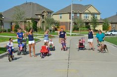 """Our neighborhood 4th of July parade 2011.  Please vote for our picture by """"liking"""" it on FB, in our community photo contest.    http://www.facebook.com/home.php#!/photo.php?fbid=10150990941550760=a.10150990934120760.537962.140233130759=3"""