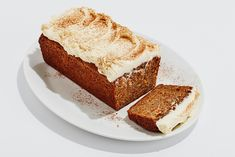 The most casual-cool carrot cake of all time. No stand mixer, no hand mixer, just pure, cream cheese icing-topped deliciousness.