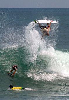 WOW... Kelly Slater in Bali...