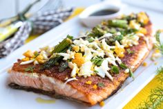 Try this Grilled Salmon & Asparagus With Grated Egg and Balsamic Dressing. Yum! #grilledasparagus