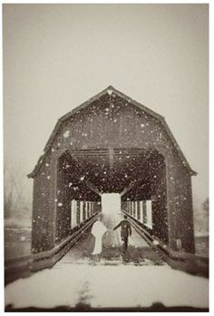 engagement pictures, engagement photos, wedding ideas, winter wonderland, wedding photos