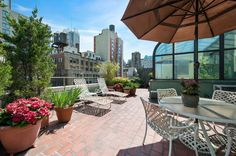 Perfect for the buyer seeking a diamond in the rough, this full-floor penthouse with private outdoor space is located in the Garment District and near Hudson Yards. (CORE: my-disclosur.es/VXszJE) diamond, outdoor space