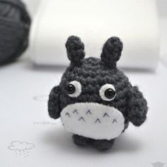 Make your own little amigurumi totoro with this free crochet pattern