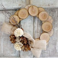A simple and easy tutorial for creating a neutral and natural wreath from wood and burlap.