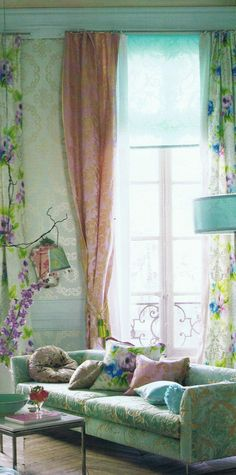 interior, pastel, living rooms, couch, pattern, soft colors, high ceilings, designers guild, tricia guild