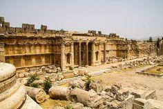 LEBANON, BEKAA, BAALBECK, LARGEST ROMAN RUINS