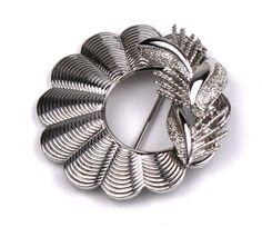 Vintage Coro Silver Scalloped Wreath Brooch