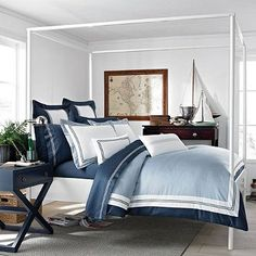 From the master bedroom to the cabin on your yacht, this Maritime duvet cover is the pinnacle of elegance.