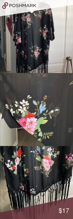XHILARATION Black Floral Fringed Kimono - M/L Size M/L Xhilaration Tops
