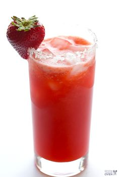 Fresh Strawberry Margarita Recipe ~ all you need are 5 ingredients and 5 minutes to make these fresh and naturally-sweetened drinks!