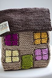 Ravelry: Knitted House pattern by Suzie Johnson