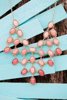 Love this necklace!  Google Image Result for http://ruffledmedia.ruffled.netdna-cdn.com/vintage-wedding-blog/ombre-photoshoot/ombreinspirationshoot__stephanie_yonce_photography_ombreinspirationshoot004_low.jpg%3F9d7bd4