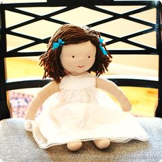 Lots of good Waldorf doll sewing info.