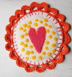Bordado ruso / Russian or punch needle embroidery.