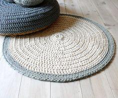 Rug floor crochet  ecru and light gray por lacasadecoto en Etsy, €54.00