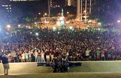 Midnight Yell on the steps of the South Carolina Capital! #BTHOsouthcarolina