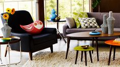 Jonathan Adler Happy Chic (http://blog.hgtv.com/design/2013/06/10/daily-delight-jonathan-adler-happy-chic/?soc=pinterest)