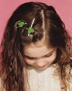 How to make a clover hair pin